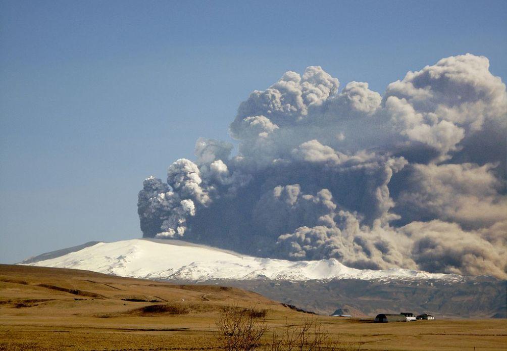 Vulkaanuitbarsting op IJsland in maart en april 2010.