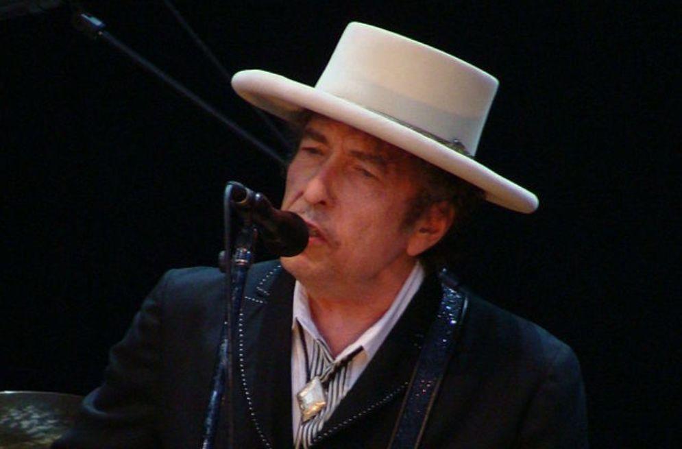 Bob Dylan op het Azkena Rock Festival in 2010. (foto: Wikimedia)