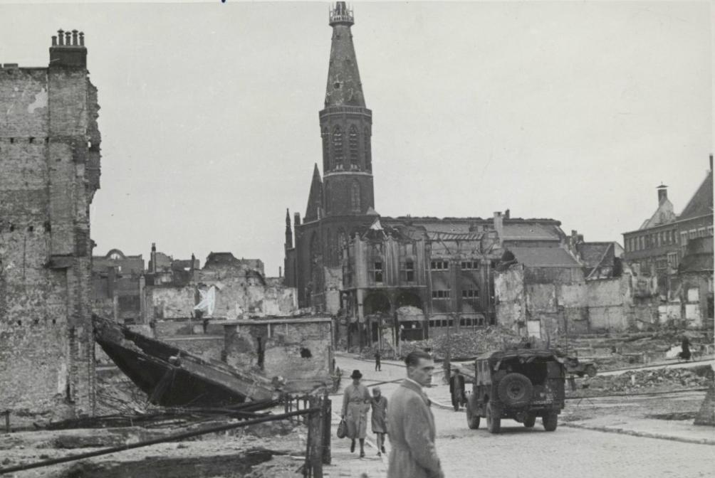 Verwoestingen Nijmegen, na bombardement, 1945