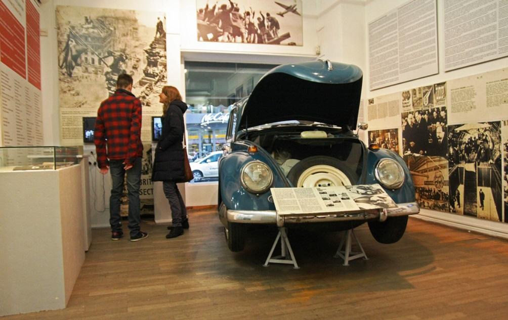 11.08.13.Bezoek Berlijn Koude Oorlog - Mauer museum