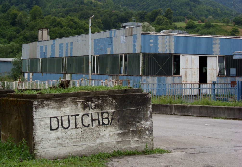 Hoofdkwartier van Dutchbat in Potocari. (Foto: Wikimedia)