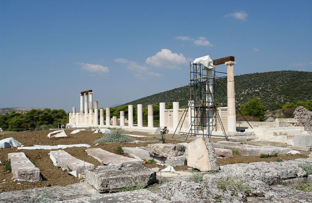 11.11.08.Goddelijke gezondheidszorg - Epidauros_Abatonboom