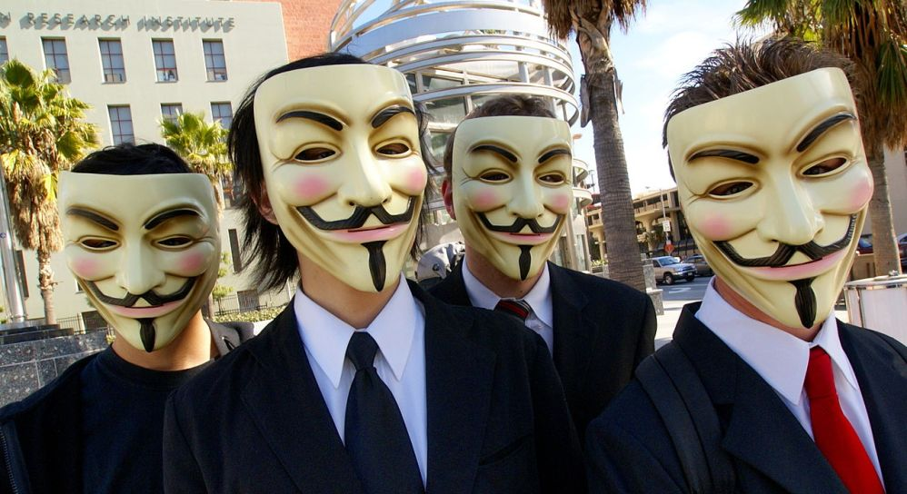 12.02.28.Guy Fawkes - maskers