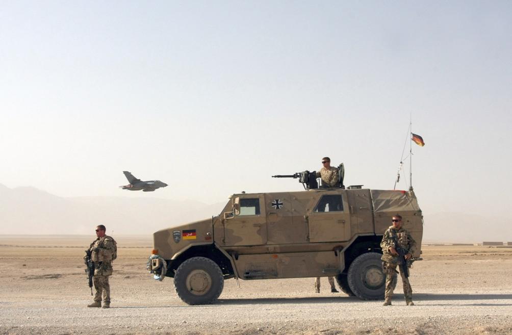 Bundeswehr soldaten op patrouille in Afghanistan, 2009. (foto: Wikimedia)