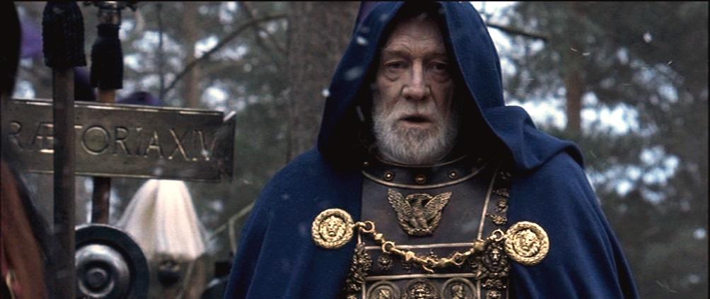 Marcus Aurelius als keizer in de film Gladiator.