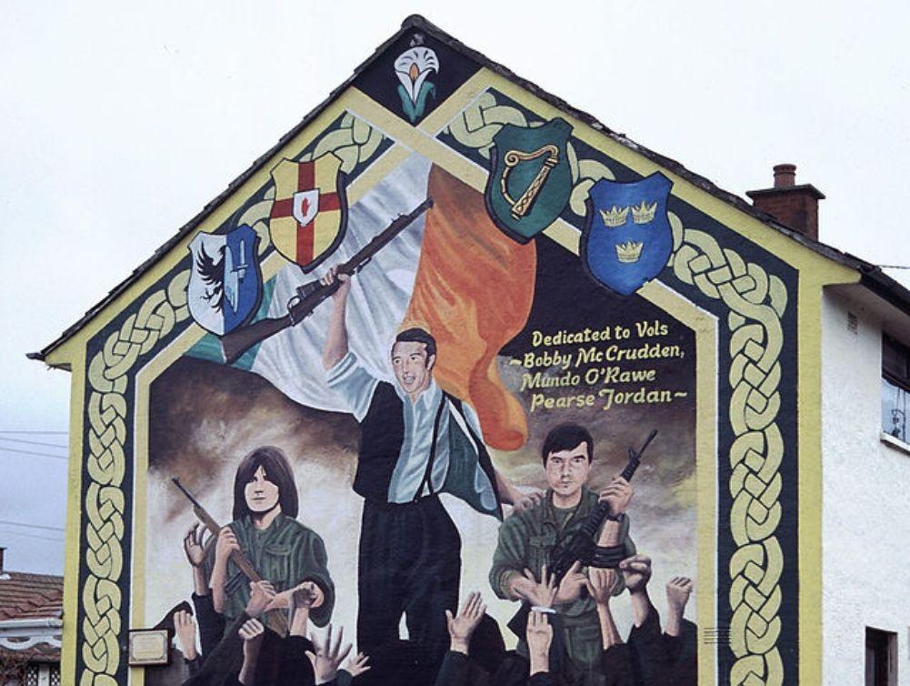 12.05.22.Artikel.Murals_Belfast - IRA