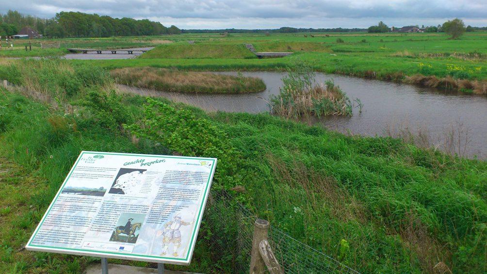 Bekhofschans, onderdeel van de Friese Waterlinie (Foto: W. Vellinga)
