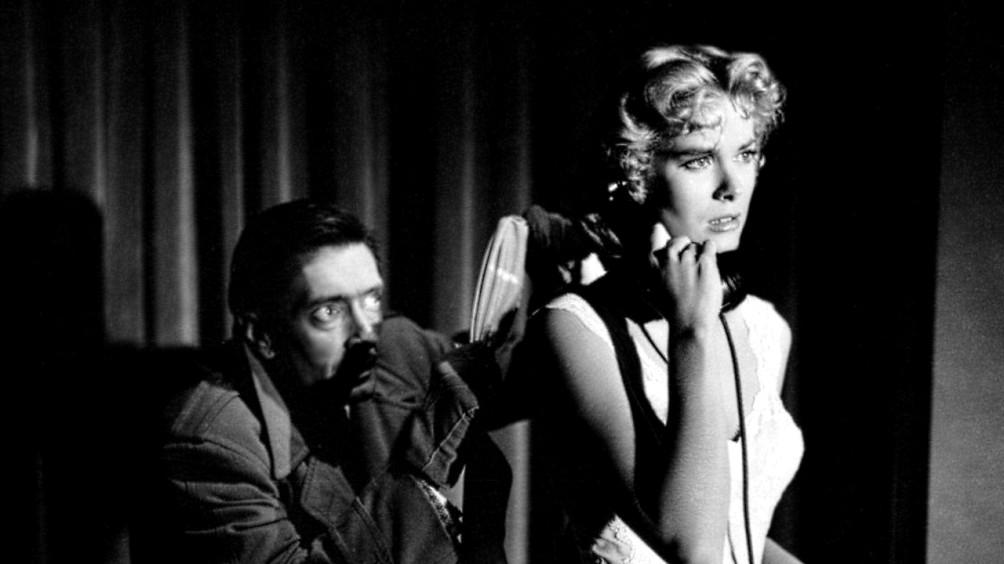 Niemand minder dan Alfred Hitchcock (1899-1980) maakte een van de meest geslaagde 3D-films in de jaren '50: Dial M for Murder (1954).