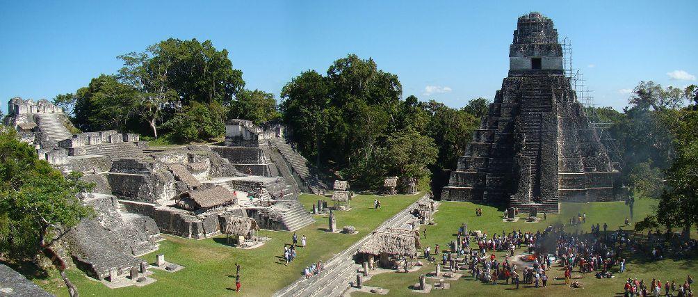 12.07.03.Mayakalender - Tikal plein