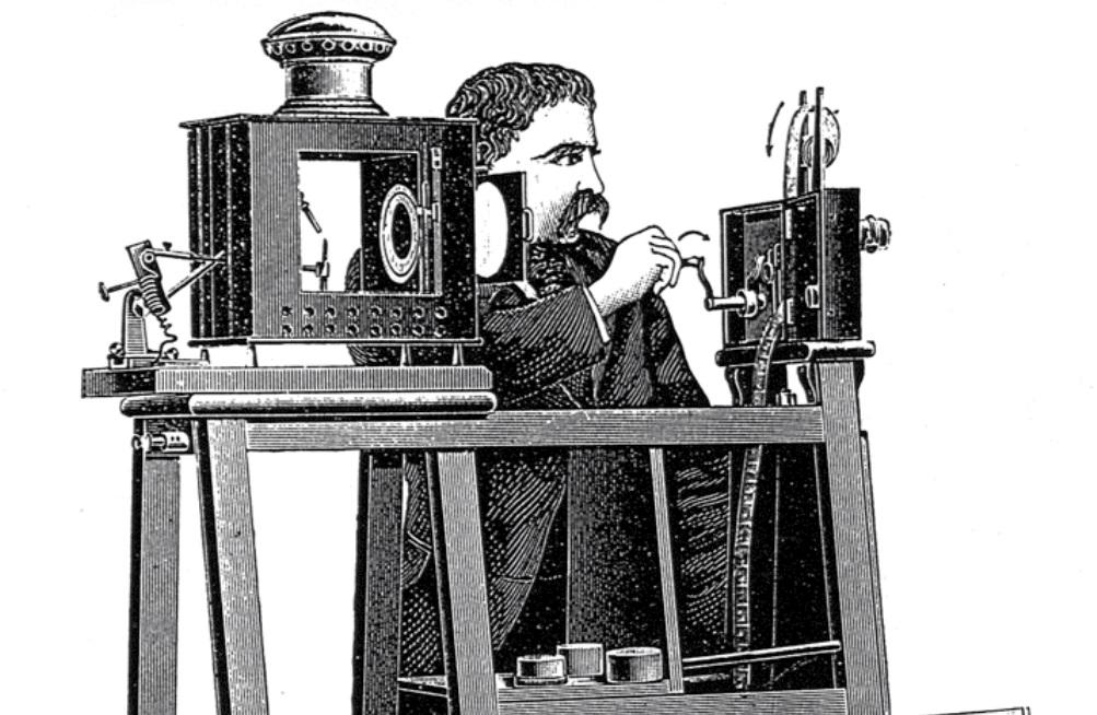 De cinematograaf, een belangrijke uitvinding van de gebroeders Lumiere. (foto: Wikimedia)