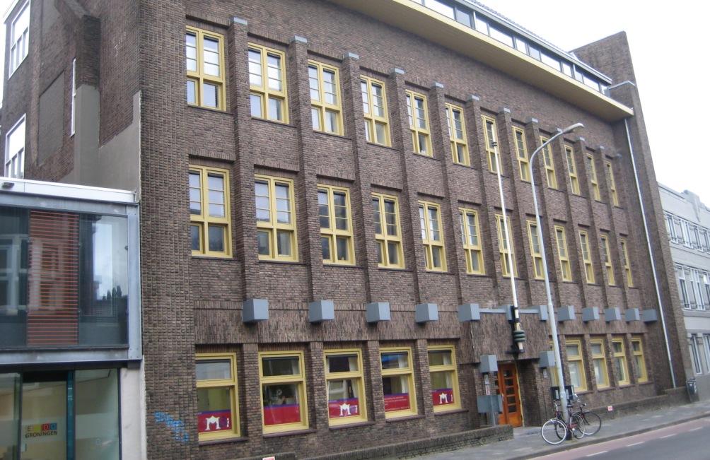 Het voormalige fabriekspand van de Gebroeders Levie aan de W.A. Scholtenstraat in Groningen. (foto: Femke Knoop)