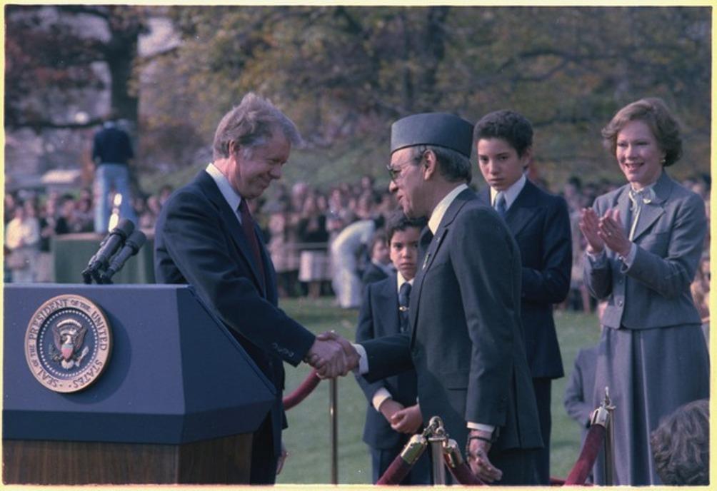 De president van de Verenigde Staten, Jimmy Carter, ontvangt hier Koning Hassan II tijdens diens staatsbezoek aan de VS in 1978 (foto: Wikimedia)