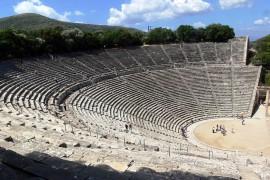 Tragiek en trance in het theater van Epidaurus