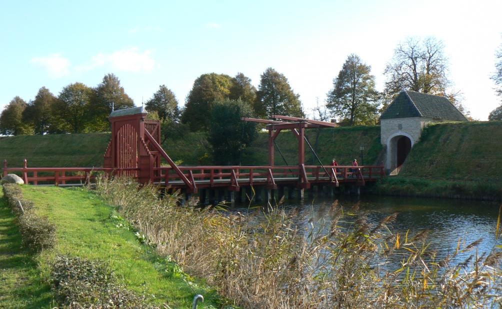 De Friese Poort, toegangspoort van Bourtange (foto: Wikimedia)