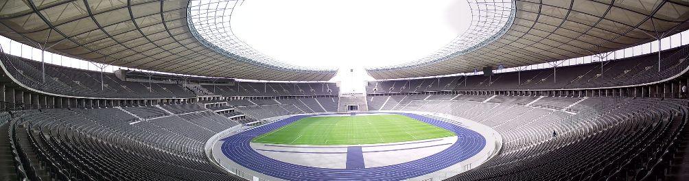 Tegenwoordig is het Olympiastadion de thuisbasis van de voetbalclub Hertha BSC en vinden er grote popconcerten plaats (foto: Wikimedia)