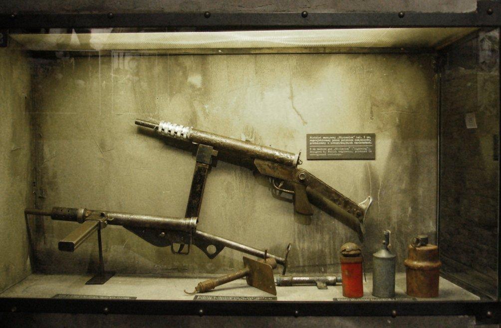 In het Museum van de Opstand zijn de wapens te bezichtigen die de opstandelingen gebruikten (foto: Wikimedia)