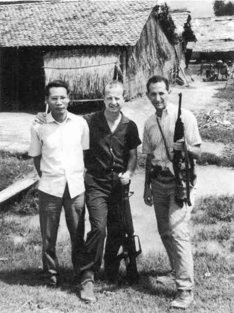 Daniel Ellsberg in Vietnam in 1965 (foto: Kingsacademy)