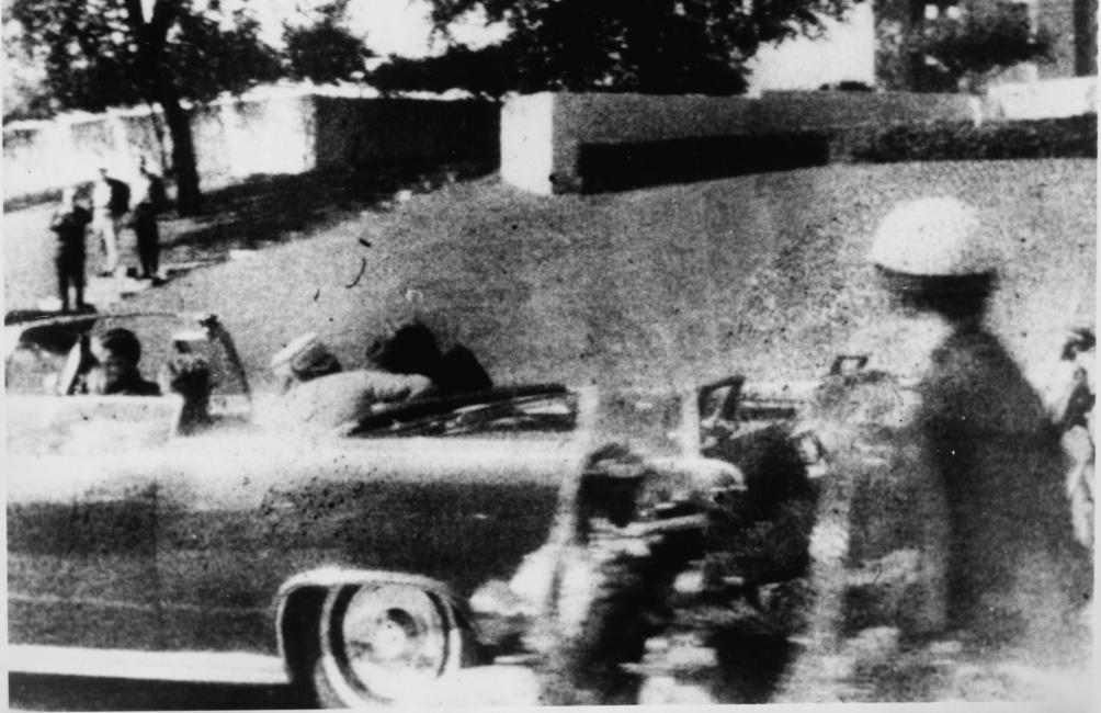 13.10.21.Tijdlijn JFK - schot