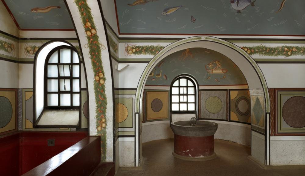Het gereconstrueerde badhuis in Xanten. (foto: Axel Thünker DGPh)