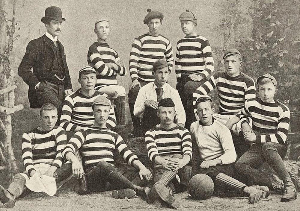 Team van de Koninklijke Haarlemsche Football Club. (foto: Wikimedia)