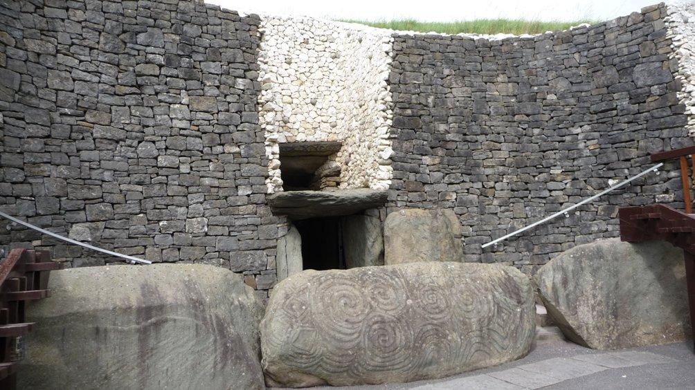 Newgrange - ingang