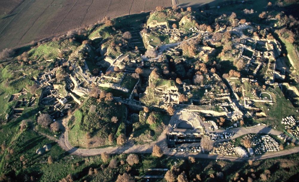 Opgraving van Troje gezien vanuit de lucht.