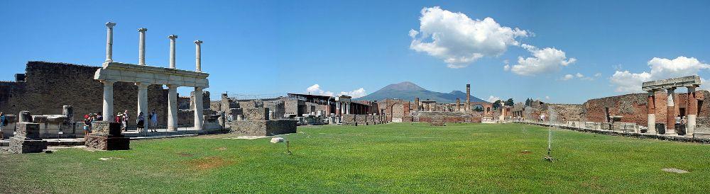 13.07.22.artikel.Pompei (MAIN) forum panorama