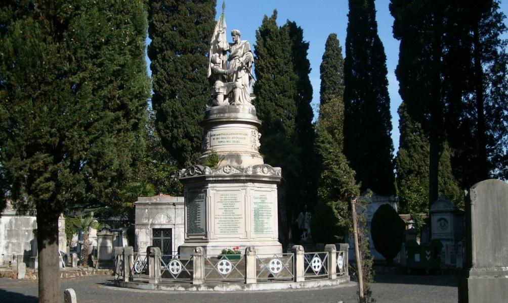 Het monument op de begraafplaats Verano in Rome ter nagedachtenis van de gevallen Zouaven tijdens de Slag om Mentana. (foto: Wikimedia)