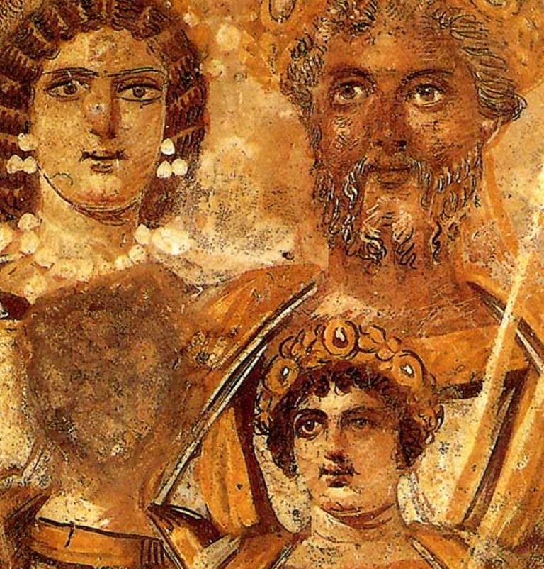 Familieportret van keizer Septimus Severus met de keizer zelf, Julia Domna, Caracalla en Geta. Het gezicht van Geta (links) is weggevaagd (foto: Wikimedia)