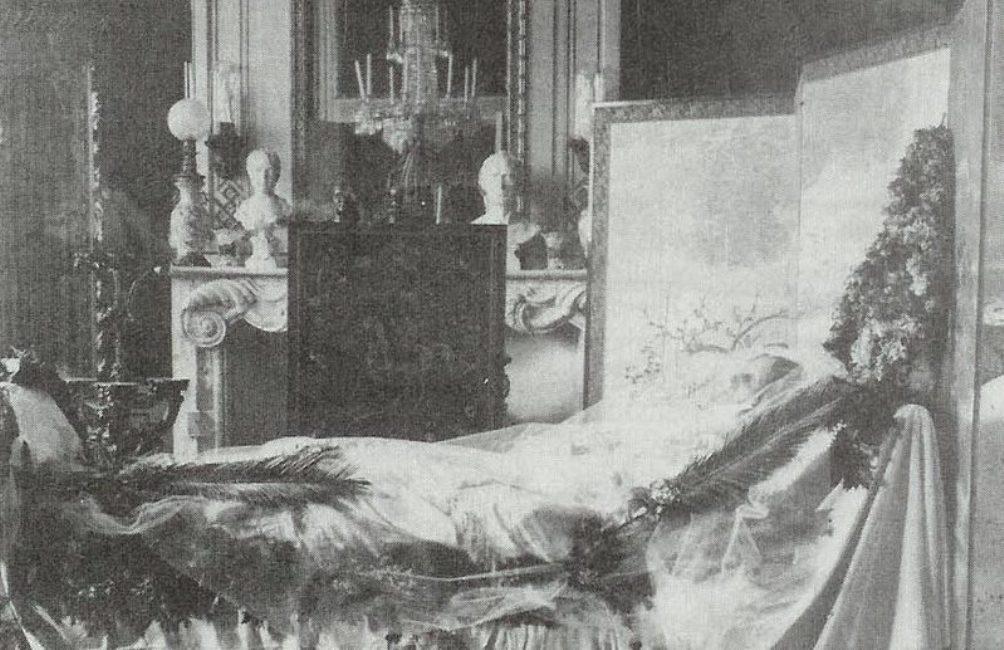 Portret van koningin Sophie der Nederlanden op haar doodsbed (1877).