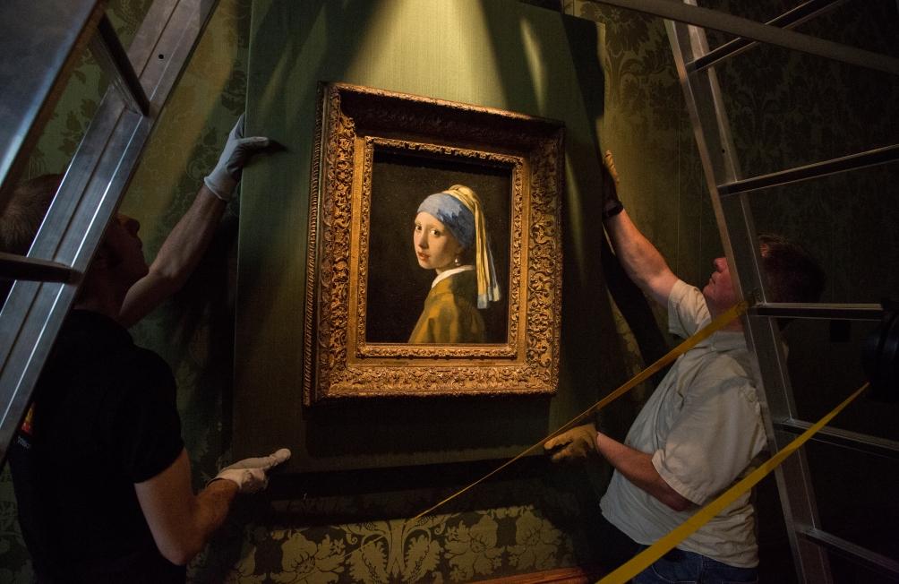 14.08.Mauritshuis heropend - meisje is terug